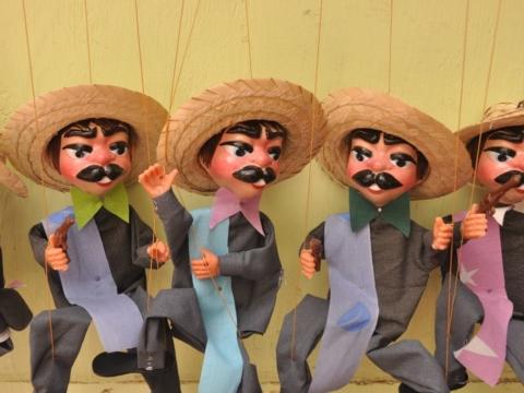Mexican puppets in San Antonio