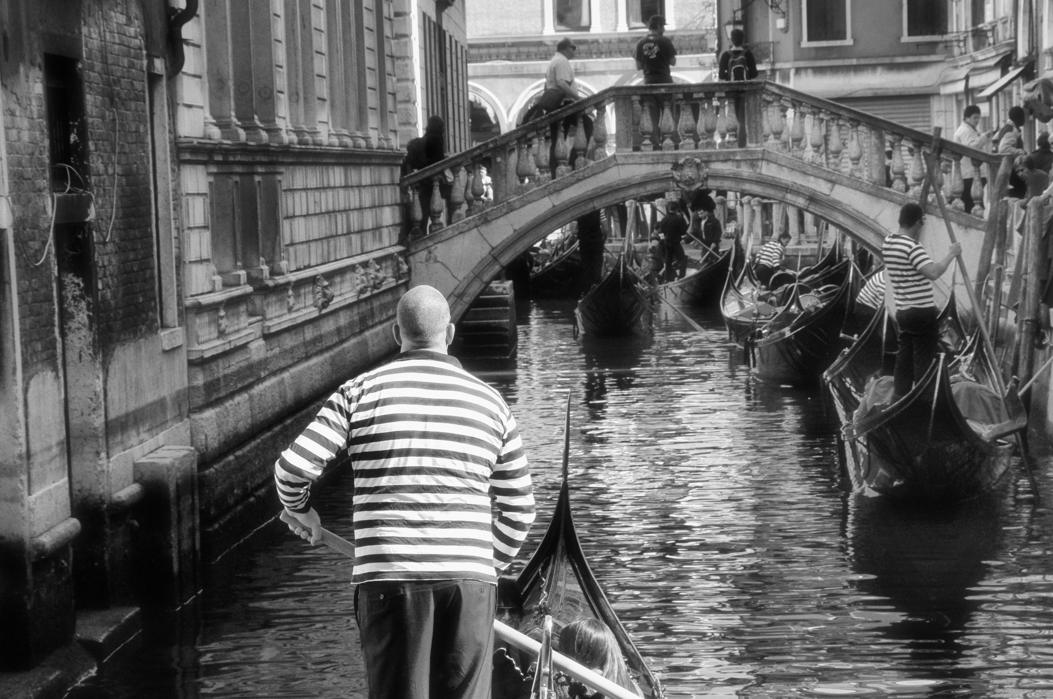 Gondolas and gondoliers of Venice